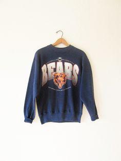 Vintage 1990s Chicago Bears Football Sweatshirt Sz M by FreshtoDeathVintage  on Etsy Bears Football 856d09ed66216