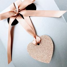 New product just released! #rosegold glitter and dove grey heart #wedding tags!   https://www.etsy.com/uk/listing/512121687/rose-gold-and-dove-grey-heart-wedding