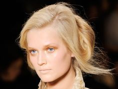 2011 Spring New York Fashion Week: Donna Karan