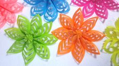 Easy Decoration Ideas: How To Make This Colored Paper Floral Decor