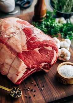 This Slow Roasted Prime Rib is the perfect recipe for a holiday dinner. Using a reverse sear method creates a juicy and tender standing rib roast with a crisp outer crust. Pot Roast Brisket, Beef Tenderloin Roast, Pork Roast, Pork Chop, Slow Roasted Prime Rib, Prime Rib Steak, Rib Roast Recipe, Prime Rib Recipe, Rib Recipes