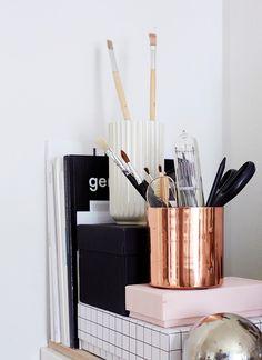 Brass pot, paint brush, scissors, books | Home Office Details | Ideas for #homeoffice | Interior Design | Decoration | Organization                                                                                                                                                     More
