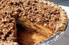 Vegan Apple Pie Recipe using SweeTango Apples