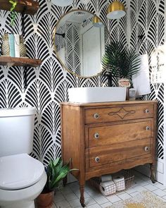 40+ What Absolutely Everyone Is Saying About Bathroom Wallpaper Ideas and What You Should be Doing - pecansthomedecor.com