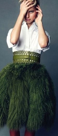 Leo shapes and Sag green. Poplin cotton skirt Mongolian lamb and wool, perforated leather studded belt ( Azzedine Alaia Haute Couture ) Gypsy Fashion, Fashion Mode, Love Fashion, High Fashion, Womens Fashion, Fashion Design, Green Fashion, Fashion Night, Style Fashion
