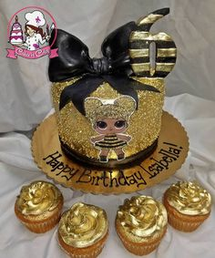 Glittery Gold LOL Surprise Queen Bee Cake and Cupcakes! Queens Birthday Cake, Bee Birthday Cake, Funny Birthday Cakes, Queen Birthday, 6th Birthday Parties, 7th Birthday, Bee Cakes, Cupcake Cakes, Lol Doll Cake