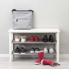 15 Creative Shoe Rack Design Ideas To Keep Your Shoes Tidy – PAPPERY - jewel. Shoe Storage White, Bench With Shoe Storage, Storage Shelves, Storage Ideas, Ikea Tjusig, Shoe Tidy, Ikea Bank, Ikea Shoe, Regal Design