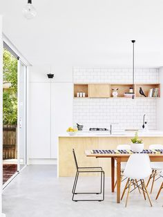 Having a modern kitchen design is an interesting point especially when we are cooking. To make the old kitchen design to be modern need kitchen remodelling. Kitchen On A Budget, New Kitchen, Kitchen Decor, Kitchen Ideas, Country Kitchen, Kitchen Dining, Dining Room, Kitchen White, Kitchen Furniture