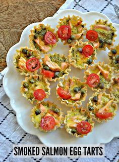 Smoked Salmon Egg Tarts – Make the Best of Everything Egg Recipes, Clean Recipes, Seafood Recipes, Snack Recipes, Healthy Recipes, Fancy Appetizers, Holiday Appetizers, Holiday Recipes, Smoked Salmon And Eggs