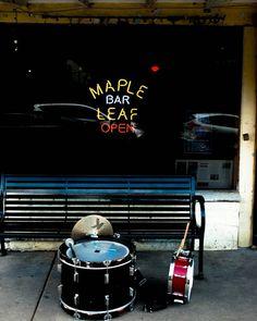 Saturday afternoon on Oak St. @mapleleafnola  #blessmenola #mapleleafbar #alwaysneworleans  #soneworleans    by notrex