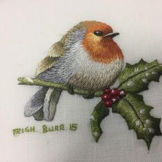 """Mi piace"": 20, commenti: 2 - Inspirations (@inspirationsstudios) su Instagram: ""#threadpainting #trishburr #issue88 #inspirationsstudios #wintersong #christmas #bird #holly…"""