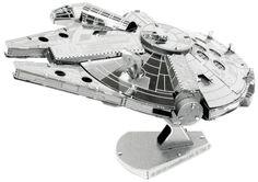 Metal Earth - 5061251 - Maquette - Star Wars - Millennium Falcon - x x cm - 2 pièces Star Trek, Nave Star Wars, Metal Earth Models, Metal Models, Scale Models, Chewbacca, Puzzle Star Wars, Nave Enterprise, Star Wars Gadgets