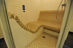 SPA design: Steam bath room sauna / Tepidarium with infrared-heated seat combination, Schönes Dampfbad mit einer Sitz Kombination beheizt mit Infrarot-Strahlungswärme ausgeführt als Tepidarium
