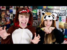 I Hate My Girlfriend - Patty Walters & thisbedottie. They are too freakin cute! Patty Walters, Chance 3, Crying My Eyes Out, Music Channel, Music Bands, Me As A Girlfriend, Youtubers, Emo, Girlfriends