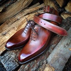 These beautiful pair of shoes and matching belt are Zacharias Wholecut. You should definitely include this in your shoe collection. Work of art!
