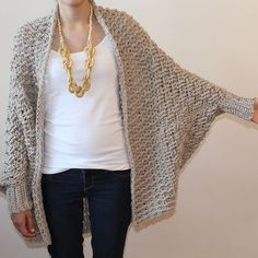 Cumberland Cardigan pattern by Jennifer Ozses This over-sized cardigan is super cozy. It features a textured basket-weave body, a textured, generous shawl collar, dolman sleeves and ribbed cuffs. It looks great paired with leggings or skinny jeans. Col Crochet, Crochet Coat, Crochet Cardigan, Crochet Shawl, Crochet Clothes, Free Crochet, Shrug Pattern, Cardigan Pattern, Knitting Patterns