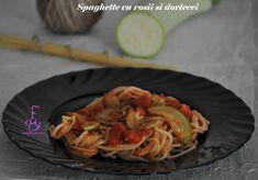 Spaghette cu rosii, dovlecei si ierburi aromate