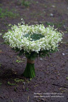 Svetlana Markovets Flower design school La Floriselle All Flowers, Bridal Flowers, Fresh Flowers, White Flowers, Ikebana, Beautiful Flower Arrangements, Floral Arrangements, Beautiful Flowers, Deco Floral