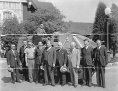 A group of men in front of an Elgin motorized street sweeper, the first one purchased by the City of Glendale, circa 1930s. Glendale Central Public Library. San Fernando Valley History Digital Library.