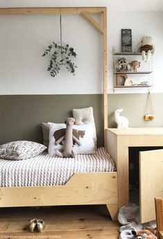 New white and light wood bedroom furniture ideas Bedroom Wall, Girls Bedroom, Bedroom Decor, Bedroom Lighting, Childs Bedroom, Kid Bedrooms, Bedroom Lamps, Wall Lamps, Master Bedroom