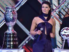 Tonka Tomicic la sexy presentadora de la Copa