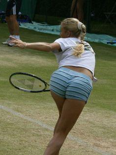 Alona Bondarenko Hottest Photos ( is Jaw-dropping) - Unusual Attractions Ana Ivanovic, Alona Bondarenko, Anna Kournikova, Tennis Players Female, Girls Golf, Hot Cheerleaders, Tennis Fashion, Sport Tennis, Women Volleyball