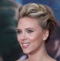 5 celebrity summer hairstyles (love Scarlett' s makeup)
