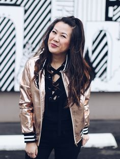 bomber, rose gold, rose gold bomber, cute bombers, how to style your bomber jacket, how to style your bomber, what to wear, fashion, fashion statement, fashion inspiration, fashion blogger, outfit, outfit of the day, cute jackets, all black outfit