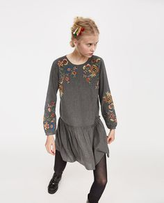 ZARA - WOMAN - EMBROIDERED DRESS WITH RUFFLES