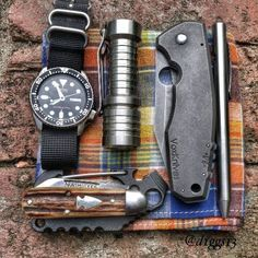 Every day carry setup.