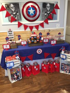 75 Blue and Red Party Themes Ideas - Spark Love Avengers Birthday, Superhero Birthday Party, 4th Birthday Parties, Birthday Party Decorations, Boy Birthday, Captain America Party, Captain America Birthday, Anniversaire Captain America, Red Party Themes