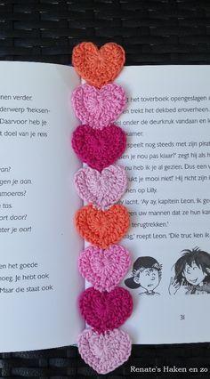 Scrap Yarn Crochet, Crochet Books, Crochet Home, Crochet Gifts, Diy Crochet, Crochet Applique Patterns Free, Crochet Bookmark Pattern, Beaded Bookmarks, Crochet Bookmarks