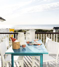 House of Turquoise: Mona Ross Berman Beach House Deck, Retro Beach House, Chic Beach House, Dream Beach Houses, Beach Porch, House Of Turquoise, Turquoise Table, Teal Table, Bleu Turquoise