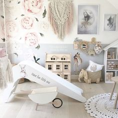 I Drink Coffee, Wonderful Picture, Kidsroom, Hush Hush, Interior Inspiration, Wooden Toys, Nursery Decor, Have Fun, Toddler Bed