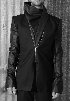 Gareth Pugh -  Leather and fabric zip up Jacket
