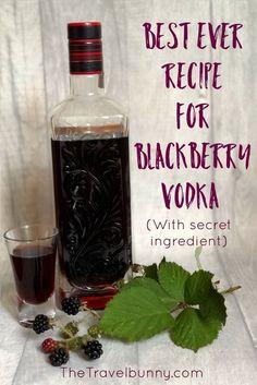 brombeeren rezepte Recipe for Blackberry Vodka Easy Recipe for delicious blackberry vodka drink Recipe for Flavored Alcohol, Homemade Alcohol, Homemade Liquor, Infused Vodka, Alcohol Drink Recipes, Homemade Liqueur Recipes, Gin Recipes, Cocktail Recipes, Margarita Recipes