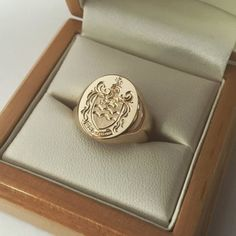 Silver, 14 or Gold Signet Ring With Your Family Cres.- Silver or Gold Hand Engraved Signet Ring With Your Family Crest or Coat of Arms- with the Roe family crest size - Family Crest Rings, Family Ring, Mens Ring Designs, Gold Hands, Signet Ring, Hand Engraving, Coat Of Arms, Gentleman, Jewelery