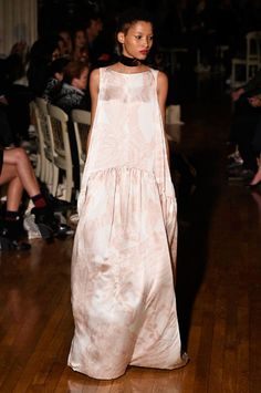 Giles spring/summer 2016 collection show pictures Classic Fashion, Classic Style, Cat Walk, Harpers Bazaar, Spring Summer 2016, Ss16, Nudes, Fashion Designers, Beauty Hacks