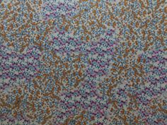 Sarja Estampado Floral Branco e Pink disponível em nossa loja ! Em até 6x sem juros e enviamos para todo Brasil, aproveite !  https://www.luematecidos.com.br/sarja/sarja-estampado-floral-branco-e-pink.html