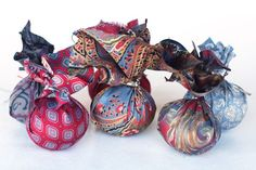 Transferring the patterns from a silk tie onto Easter eggs. Great tutorial! Beautiful results.