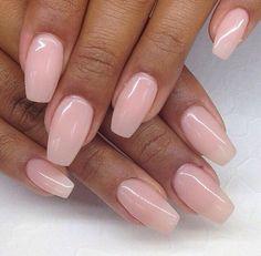 Acrylnägel natürlich rosa
