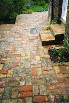 Reclaimed brick path and steps Patio Steps, Brick Steps, Brick Pathway, Brick Paving, Small Backyard Patio, Diy Patio, Pergola Patio, Pergola Kits, Pergola Ideas