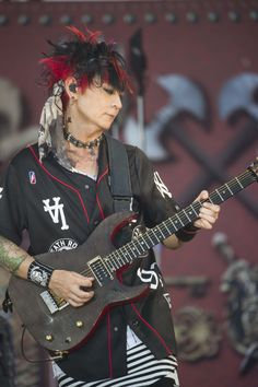 #VAMPS #KAZ #BeastParty2016