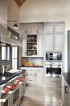Designer Linda McDougald remodels a kitchen to include new stainless steel…