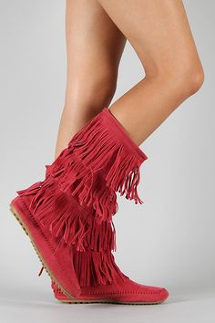 Red fringe moccasin boots! Get in my closet NOW!