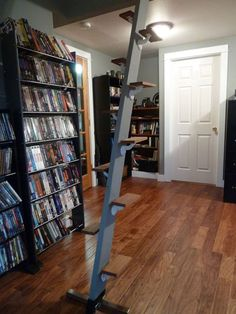 Space Saving Loft Ladder/ Stairs Salvage Materials): 4 Steps (with Pictures)