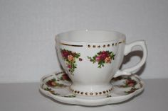 Rare Sold Out Vintage ROYAL ALBERT Old Country by yolandasGiftShop