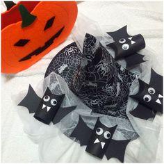 Dia das Bruxas 2015 Morcegos de rolo de papel higiénico com dentinhos de papel e olhinhos plásticos