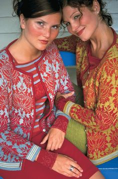 Oleana - Solveig Hisdal - Norwegian Sweaters Cardigan Knit - www.no Mais Knitting Designs, Knitting Patterns, Knitting Tutorials, Stitch Patterns, Only Cardigan, Norwegian Knitting, Fair Isle Knitting, Sock Knitting, Vintage Knitting