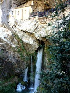 Shrine for Don Pelayo in Covadonga, Spain. (c) GTH & Nathan DePetris